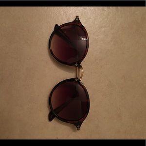100% UV Protection sunglasses
